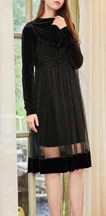 黑白相间小短裙